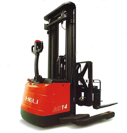 Xe nâng điện Heli reach truck 2 tấn ngồi lái